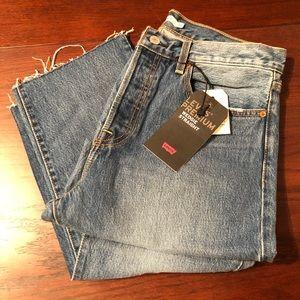 Levi's wedgie straight jean size 31X26
